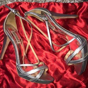 BADGLEY MISCHKA Silver Leather Platform Sandal
